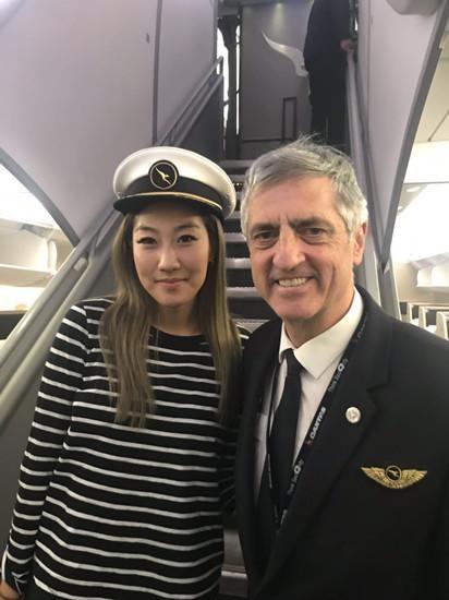 华人美女医生高空救人 澳大利亚航空深表赞赏