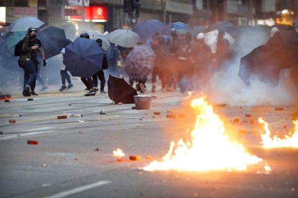 ▲▼香港1102衝突,反送中。(圖/達志影像/美聯社)