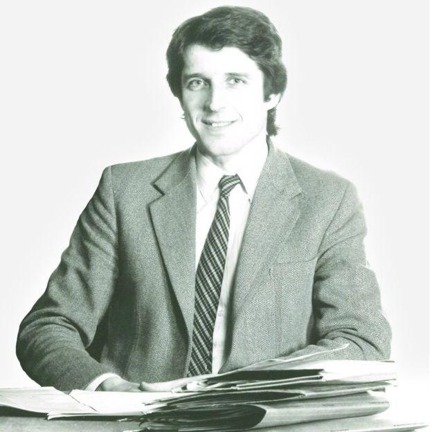 罗伊·罗伯森医生(Dr Roy Robertson)