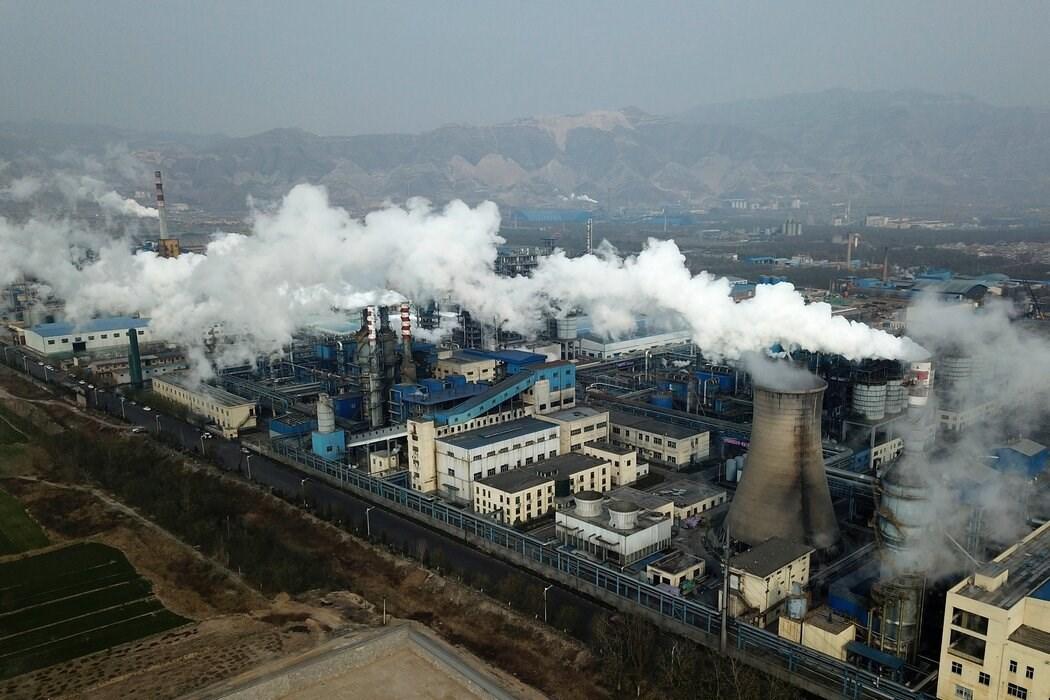 去年11月,位于中国河津市的一处煤炭加工厂。