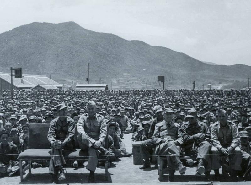 陳卓指出,韓戰中的解放軍俘虜,有一半是國共內戰中被俘的國民黨軍隊。(歐新社)